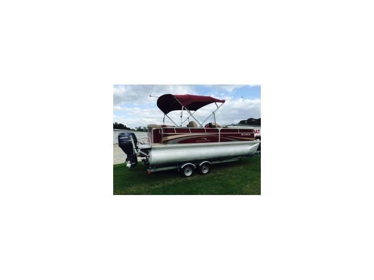 2075GLi Pontoon Boat