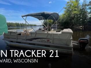 Sun Tracker 21