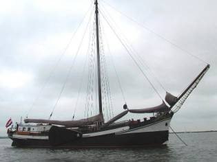 Clipper Barge live aboard