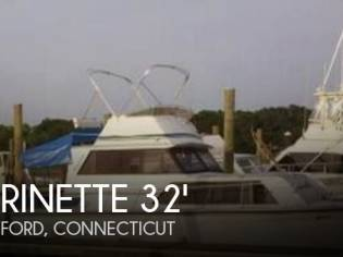 Marinette 32 Fly Bridge Sedan Cruiser