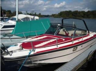 RIO 730 Motoryacht Motorboot Sportboot Sessa