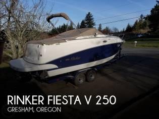 Rinker 250 Fiesta Vee
