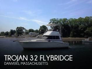Trojan 32 Sedan Flybridge
