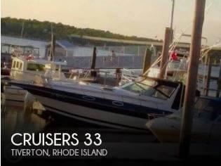 Cruisers Yachts 2860 Rogue
