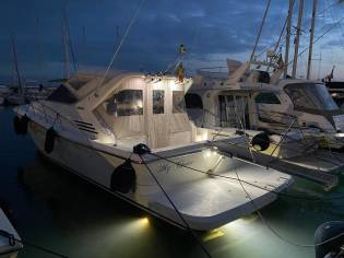 Uniesse Fly 42