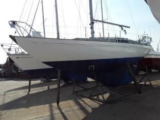 Cutlass 27