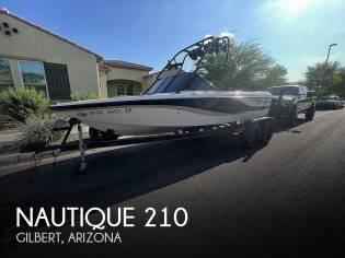 Correct Craft Super Air Nautique 210 Team Edition