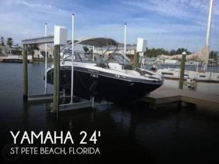 Yamaha 242 Limited S