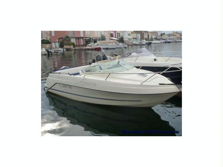 Kelt azura 600 cabine en var barcos a motor de ocasi n for Cabine del fiume bandera