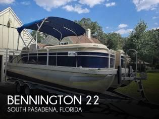 Bennington 22 SSX Salt Water Series