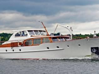 Feadship Motor Yacht