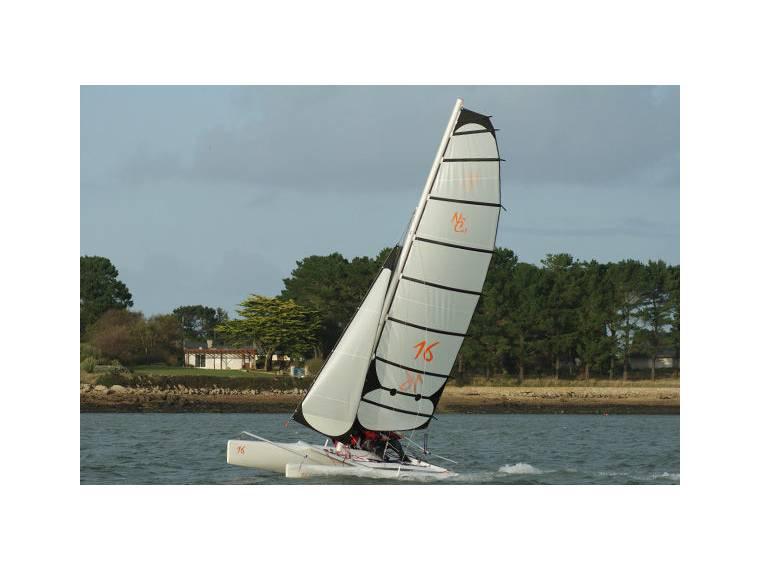 catamaran vela ligera NEW CAT 16