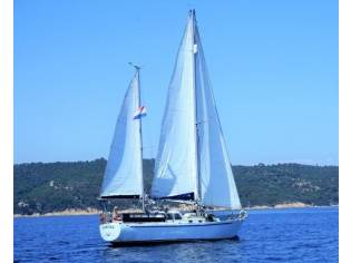 Custom ketch bermudien 38