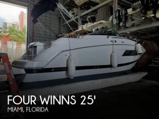 Four Winns Vista 255