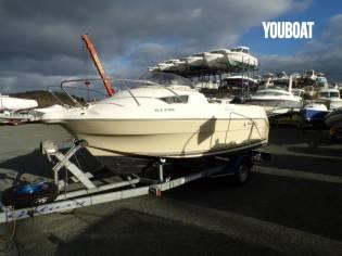 Quicksilver 470 Cruiser