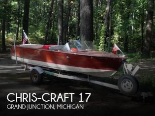 Chris-Craft Ski Boat 17