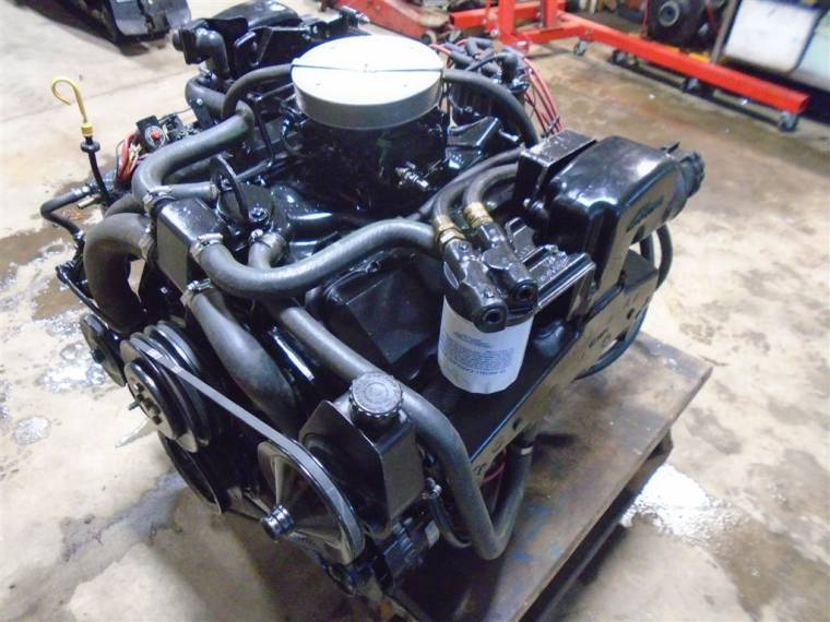Motor Mercruise 7.4L