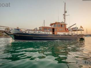 YACHT OLIVER CLASSIC 20M