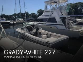 Grady-White 227 Seafarer
