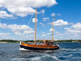 Motor Sailer 38' Ketch