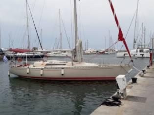 Beneteau First 42