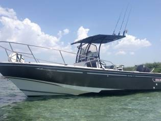 BOSTON WHALER Boston 24 Outrage