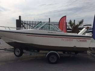 Boston Whaler 17 DAUNTLESS
