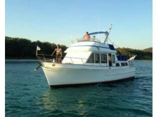 TRAWLER OCEAN ALEXANDER 38 HY44144