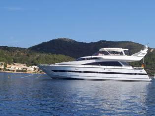 Elegance Yachts 70