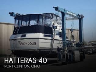 Hatteras 40 Dual Cabin Motor Yacht