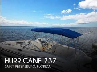 Hurricane 237 Sun Deck