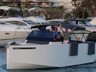 De Antonio Yachts 33
