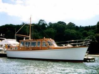 McGruer Classic Motor Yacht