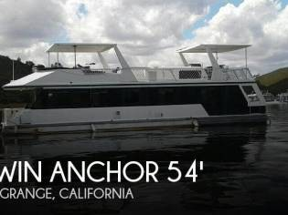Twin Anchors 54 Houseboat