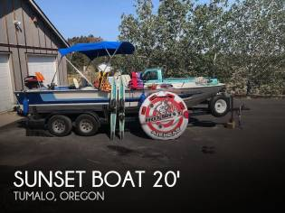 Sunset Boat Fish and Ski