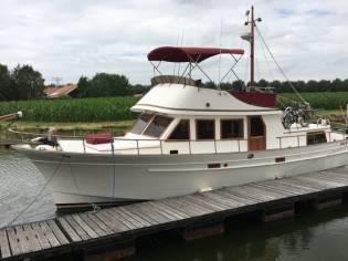 Albin 43 Trawler Flybridge