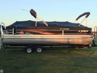 Sun Tracker Fishin' Barge 24 Signature Series