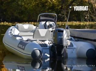 Gala Boats V330