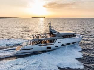 Arcadia Yachts Sherpa 80