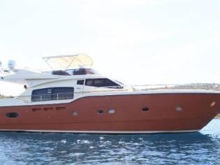 Ferretti Yachts Altura 690 Motor Yacht