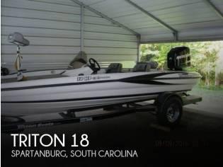 Triton 18 HP Explorer