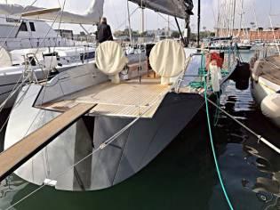 Maxi Dolphin 65'