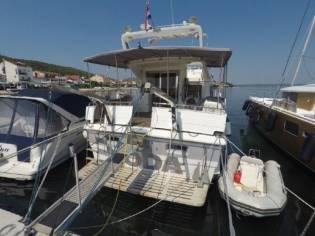 Kha Shing Royal Yacht 480