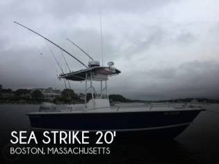 Sea Strike 205 Center Console