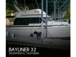 Bayliner 3270 Motor Yacht