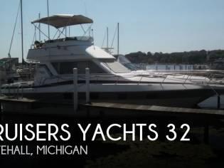Cruisers Yachts 32