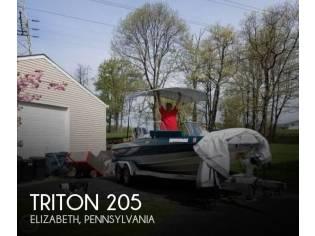 Triton 205