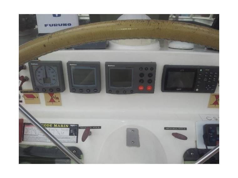 Catamaran fountain Pajot day charter