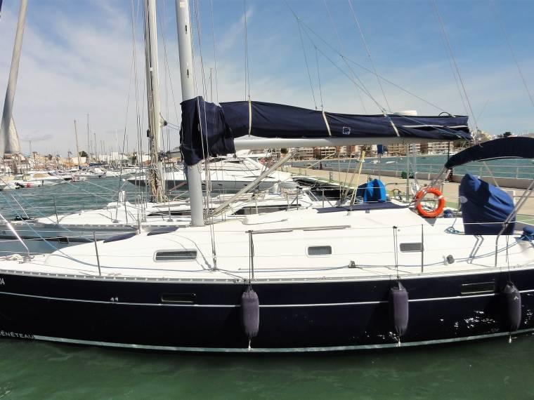 Oceanis Clipper 33