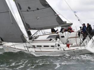 Beneteau First 35-2